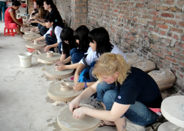 Image result for Làng gốm Bát Tràng